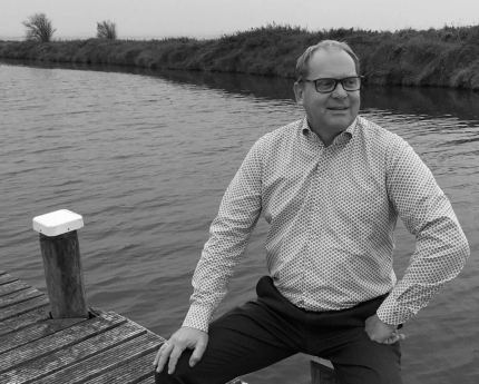 Trainer Cees Veerman: 'Als je vindt dat je kunt zwemmen, moet je ook in het diepe durven springen!'