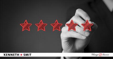 Hoe voer je een evaluatiegesprek met een medewerker die onderpresteert?